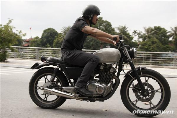 Brat bike GS 400 do dam chat men va day lich lam