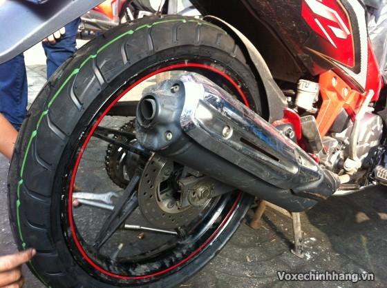 Exciter 135 2014 di vo Michelin size bao nhieu thi hop ly
