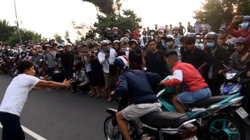Hang nghin nguoi co vu quai xe dai nao Vung Tau