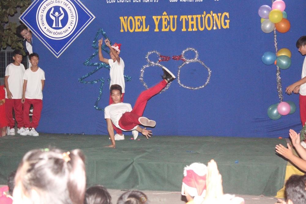 Noel Yeu Thuong chuong trinh thien nguyen cua CLB Exciter Bien Hoa 6789 - 12
