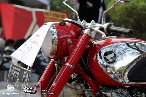 Honda CB72 xe co hang hiem o Indonesia gia 11000 USD - 2