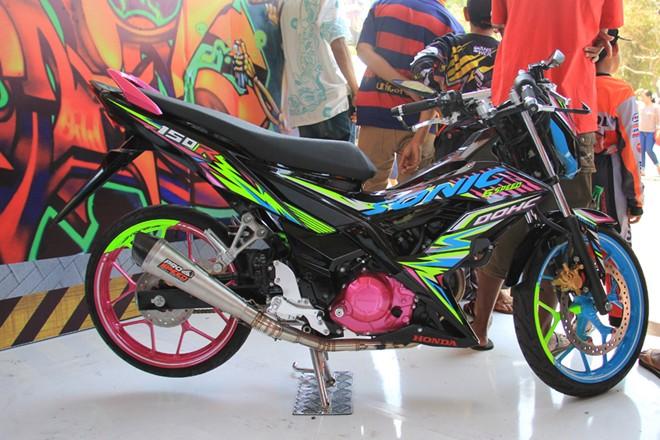 Honda Sonic 150R Do noi bat cua biker nuoc ban