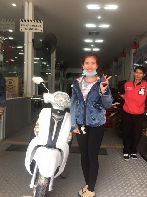 Tung bung khai truong Yamaha Pham Hung - 11