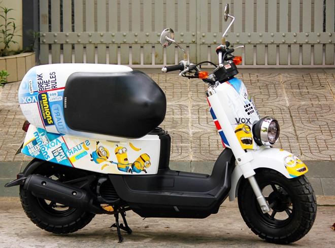 Yamaha VOX 50 phan khoi ve tem dau phong cach Minions