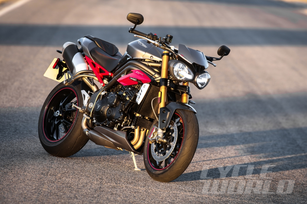 Can canh moto TRIUMPH SPEED TRIPLE R 2016 - 14