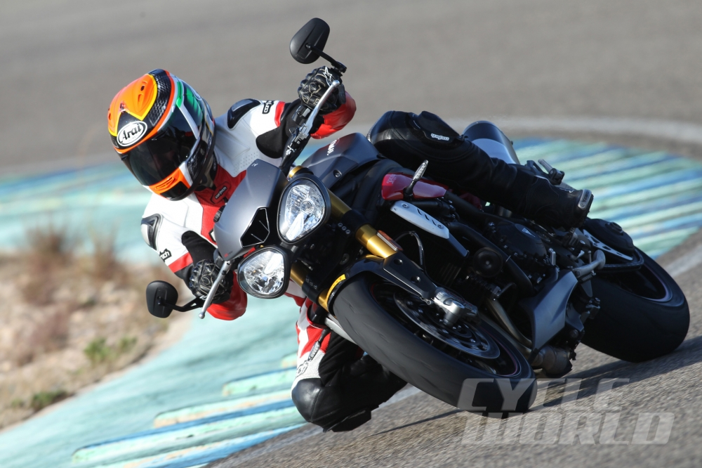 Can canh moto TRIUMPH SPEED TRIPLE R 2016 - 22
