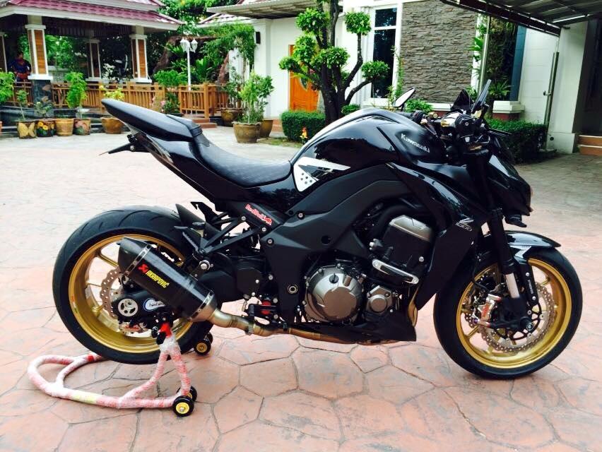 Kawasaki Z1000 day manh me va tinh te trong tung chi tiet - 5