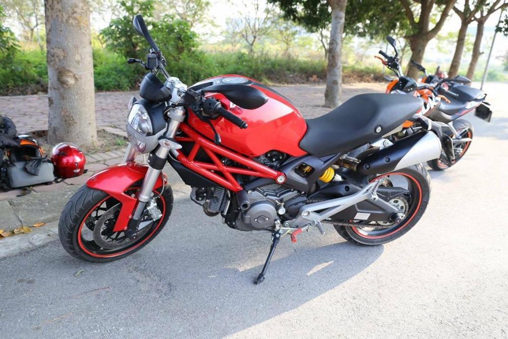 Ban Ducati 795 245tr co fix Lien He 01292707195