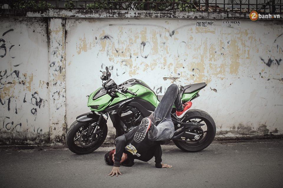 Chien binh duong pho Kawasaki Z1000 va vu dieu duong pho Hip Hop - 5