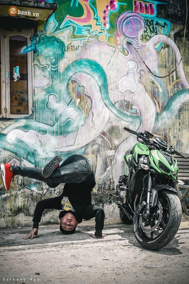 Chien binh duong pho Kawasaki Z1000 va vu dieu duong pho Hip Hop - 7