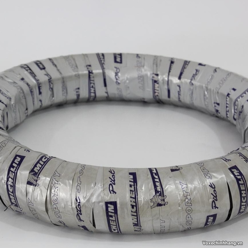Chuyen vo Michelin danh cho xe may voi day du size kieu dang - 6