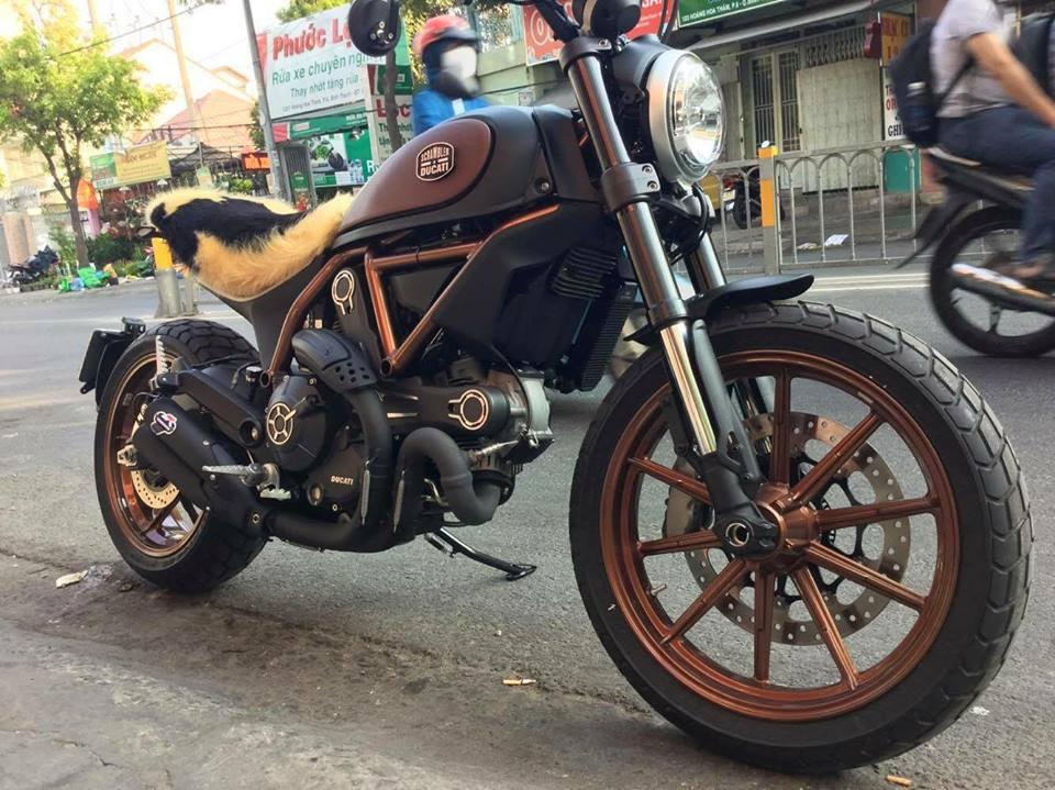 Ducati Scrambler do theo phong cach phien ban dac biet Italy