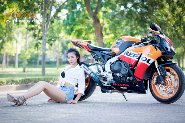 Honda CBR1000RR Repsol day phong cach ben chan dai goi cam - 8