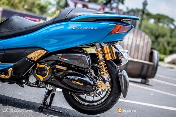 Honda Forza 300 do hang loat do choi biker day phong cach - 11