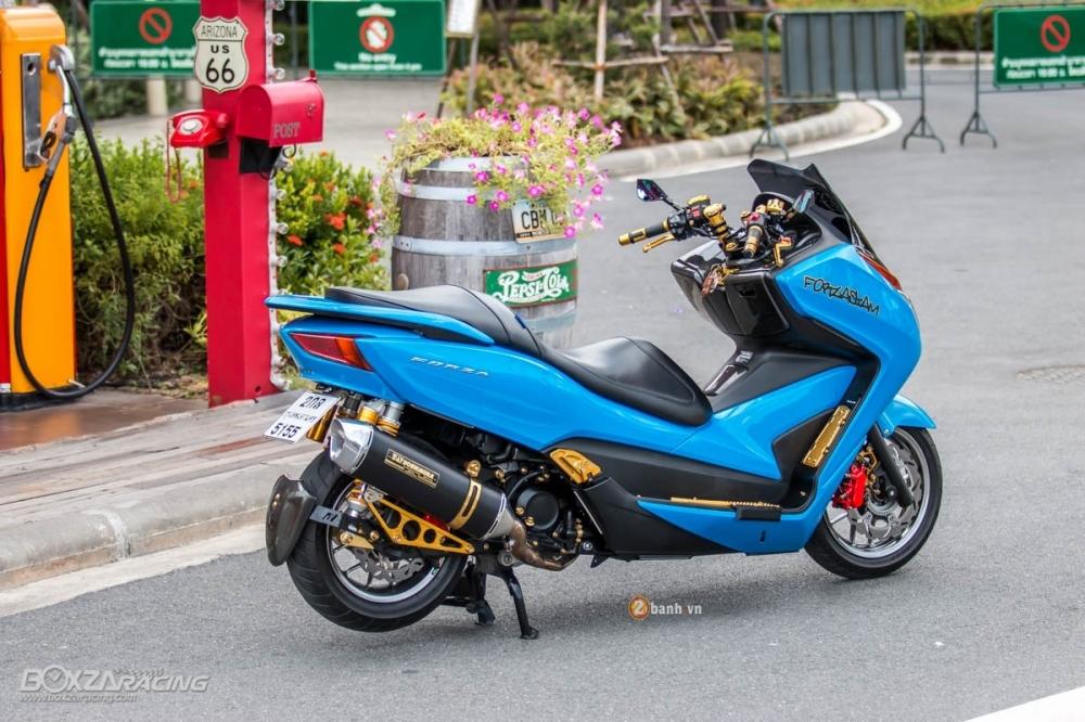Honda Forza 300 do hang loat do choi biker day phong cach - 13