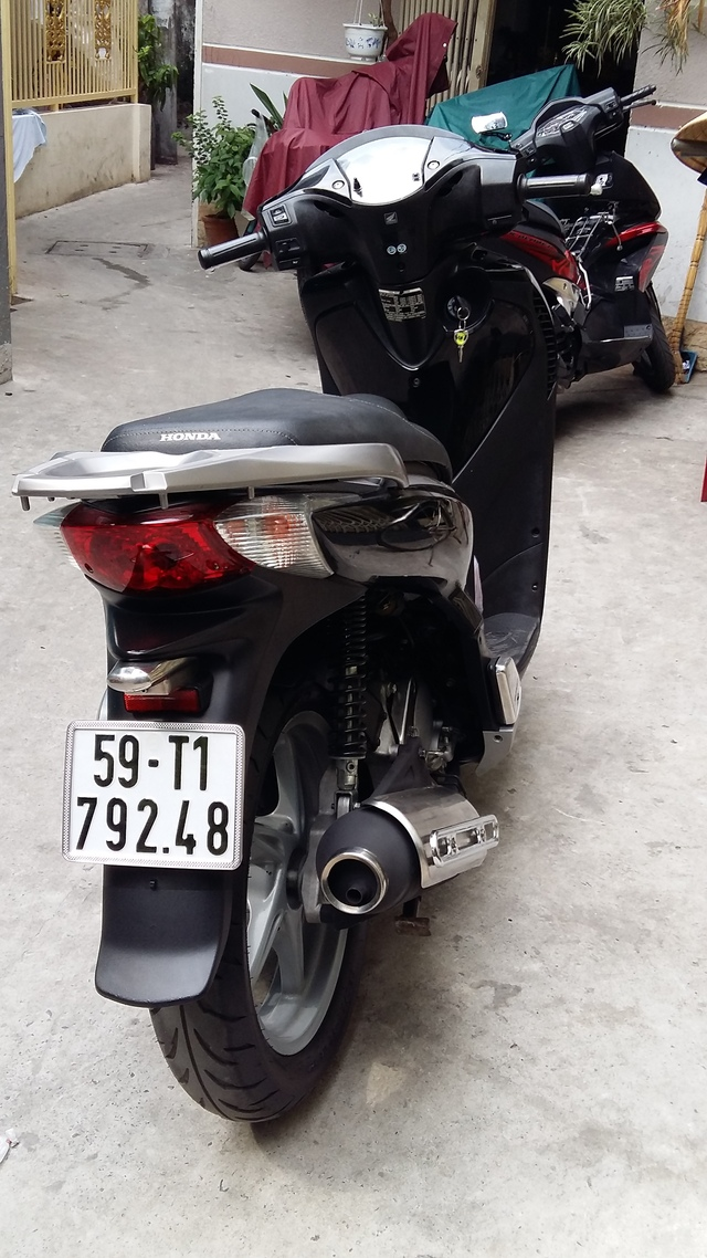 Honda Sh150i Nhap Italia Dk 82009 Mau Den - 2