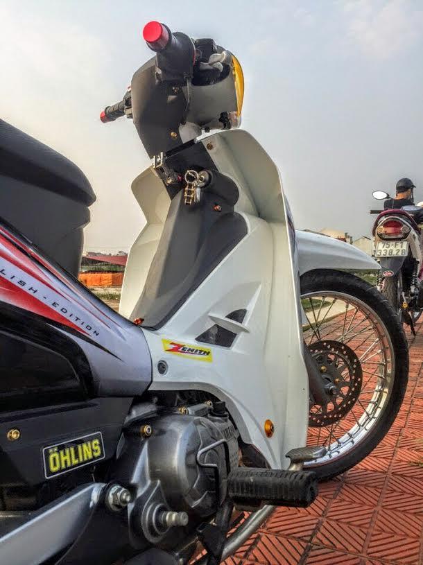 SIRIUS don nhe di hoc Biker Hue - 5