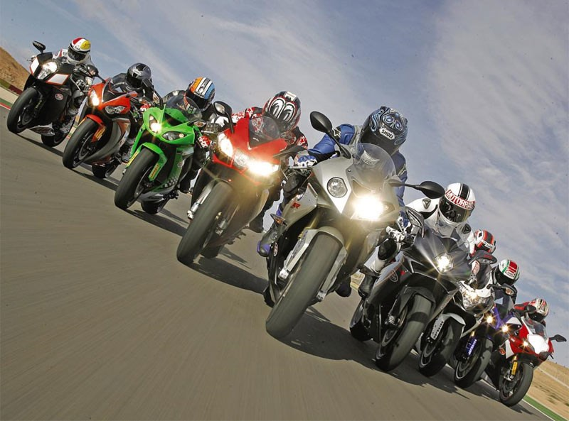 Su khac nhau giua Sport Bike Super Sport va Super Bike