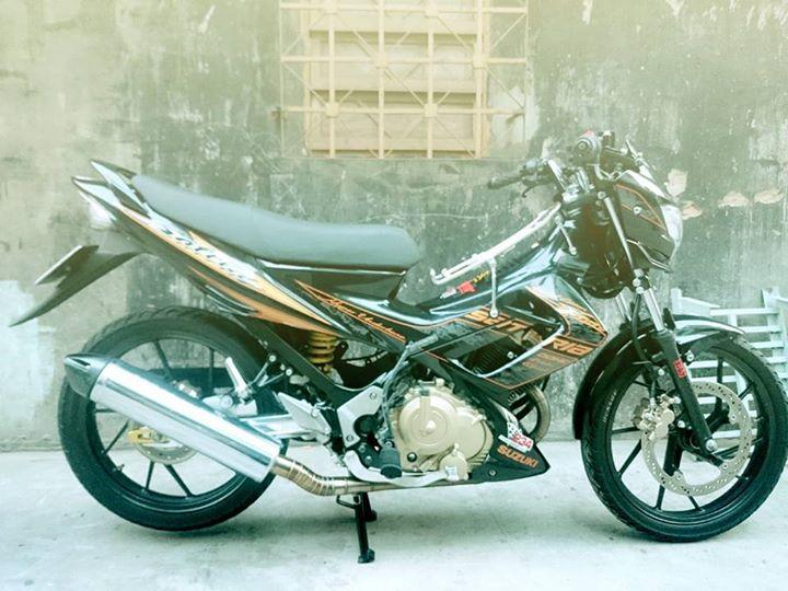 Up Suzuki Satria F150 tu con Raider cui bap