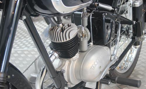 Yamaha YA1 Chiec xe dua dau tien cua Yamaha - 14