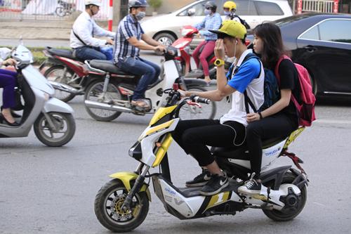 Tham hoa giao thong tu xe dap dien Trung Quoc - 4