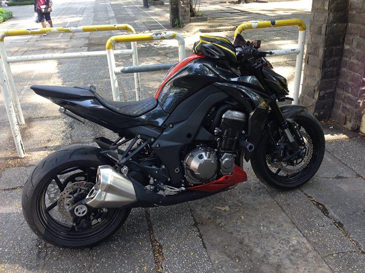 Can ban 1 em Kawasaki Z1000 2015 cam den dau 2016