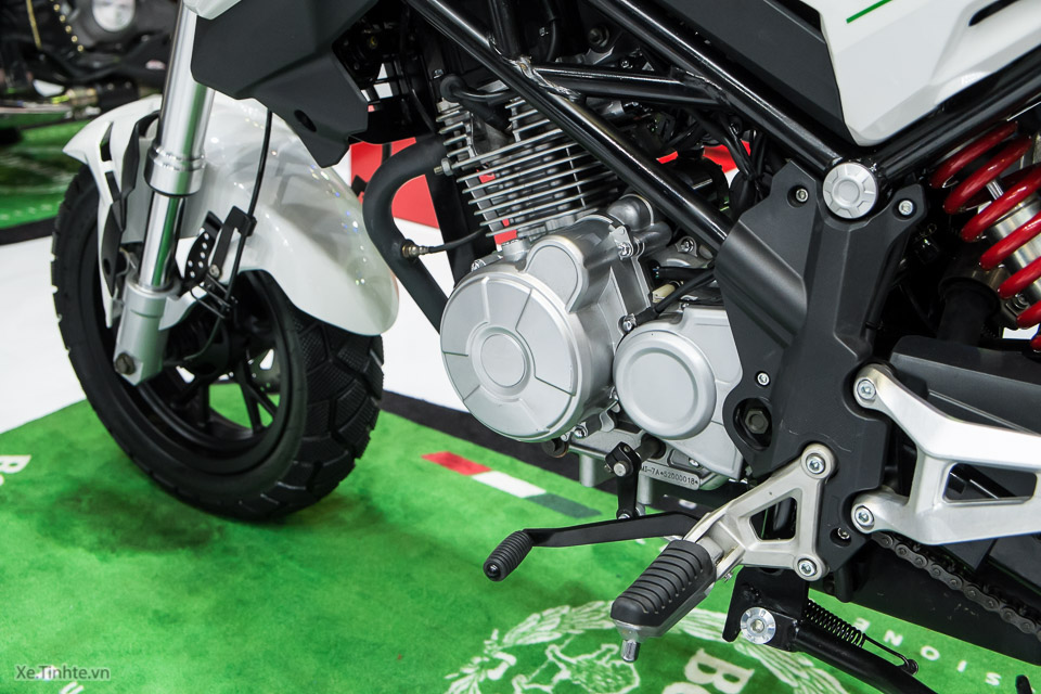 Can canh Benelli TNT Naked T135 vua duoc ra mat - 5