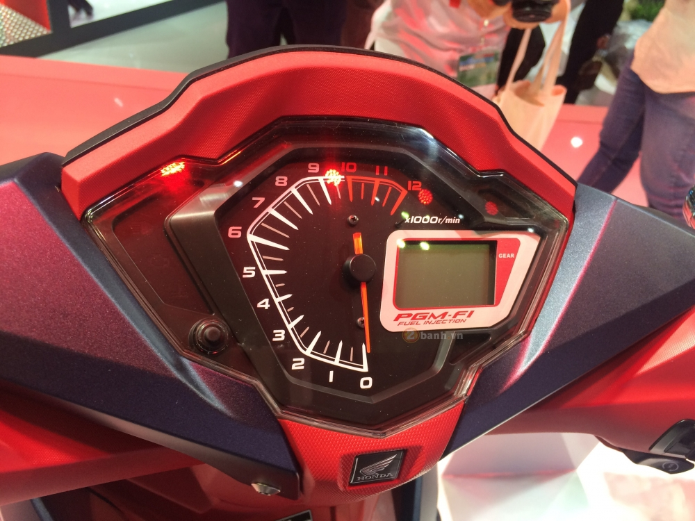 Can canh Honda Winner 150 phien ban do Custom - 7