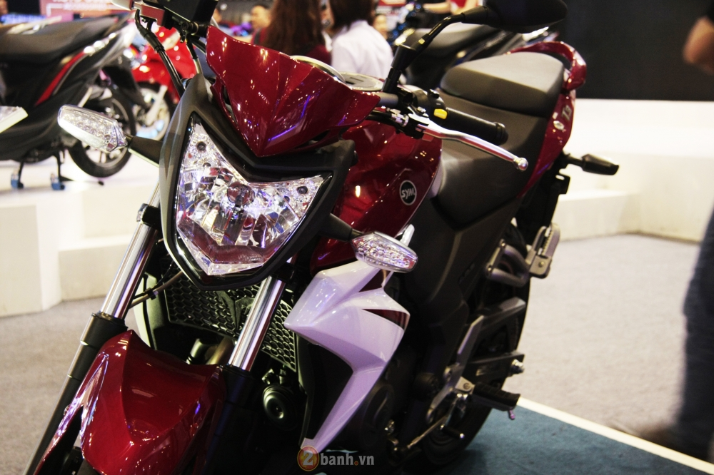 Can canh SYM Wolf T3 mau nakedbike hien dai va the thao - 4