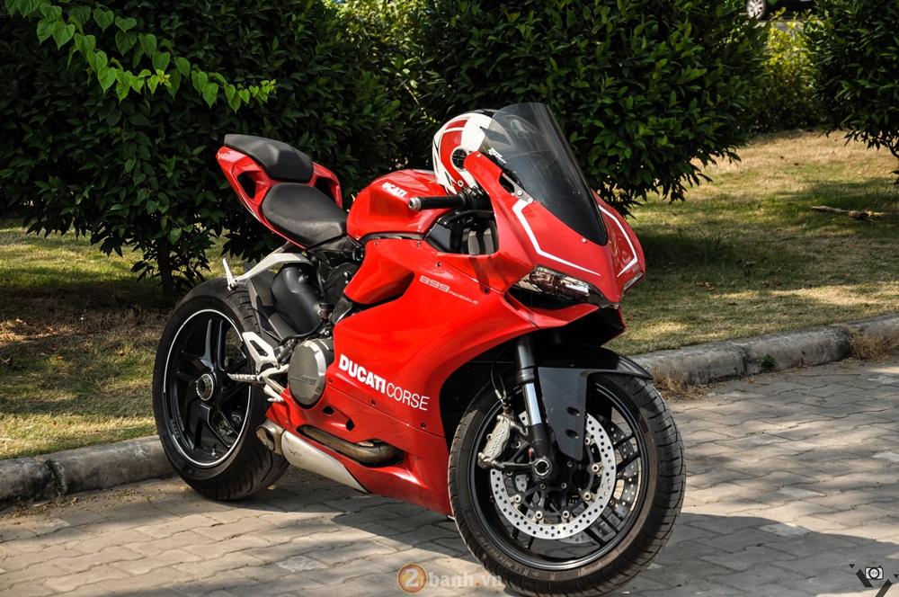 Cap doi Ducati 899 Panigale do an tuong cua DOC tai Viet Nam Motorcycle Show 2016