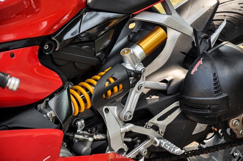Cap doi Ducati 899 Panigale do an tuong cua DOC tai Viet Nam Motorcycle Show 2016 - 5
