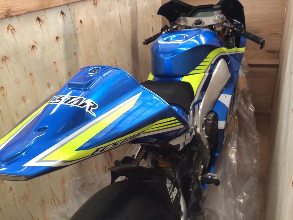Dap thung sieu xe dua MotoGP Suzuki GSXRR tai Viet Nam - 7