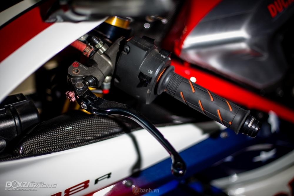Ducati 1098R phien ban gioi han Troy Bayliss do sieu khung tu JC Superbike - 11