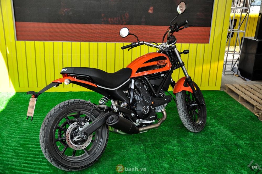 Ducati Scrambler noi bat day phong cach tai Viet Nam Motorcycle Show 2016 - 9