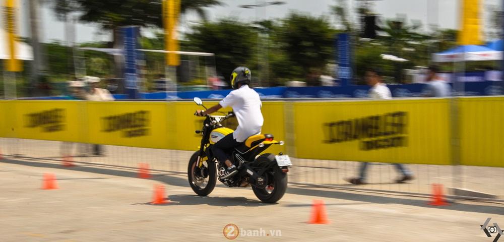 Ducati Scrambler noi bat day phong cach tai Viet Nam Motorcycle Show 2016 - 13