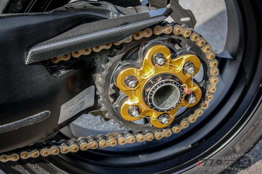 Ducati Streetfighter trong ban do sieu khung den tu Thai - 21