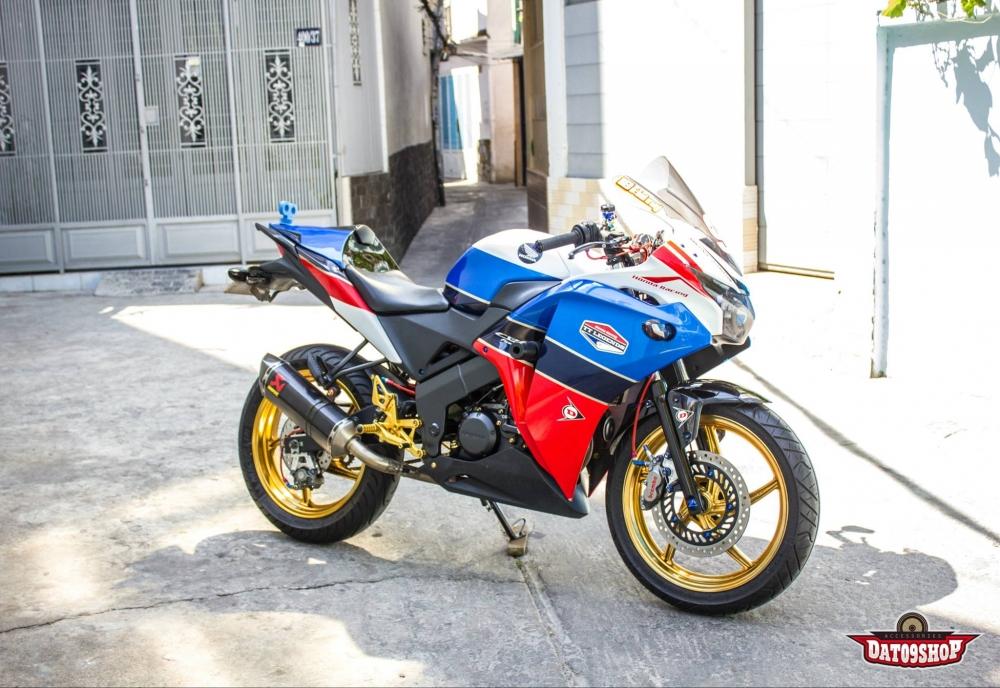 Honda CBR150 do day phong cach cua biker Viet