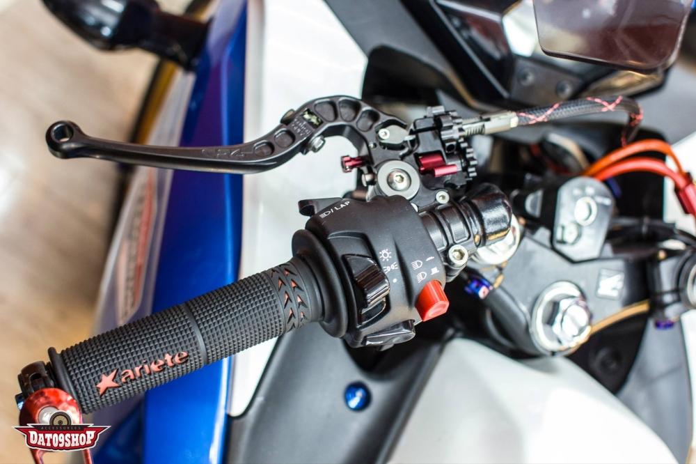 Honda CBR150 do day phong cach cua biker Viet - 5