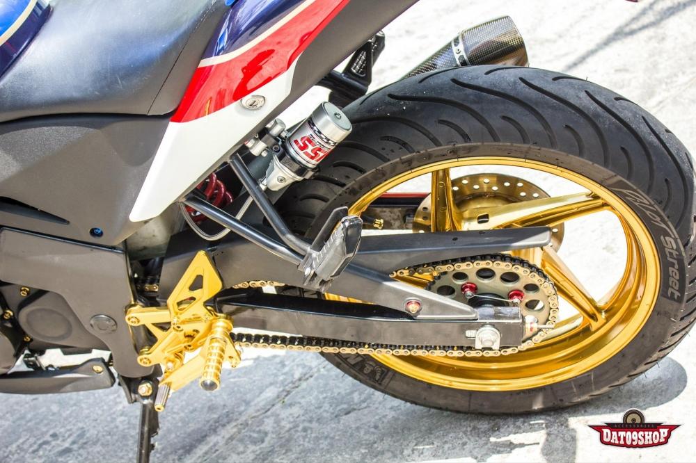 Honda CBR150 do day phong cach cua biker Viet - 8
