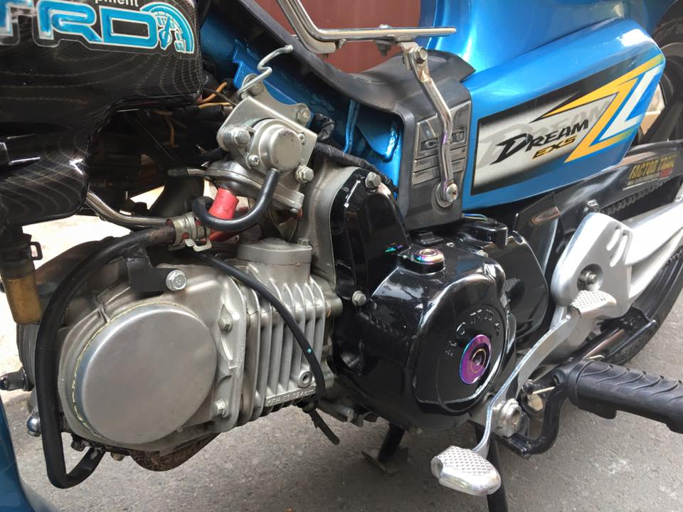 Honda Dream chien don gian va phong cach - 3