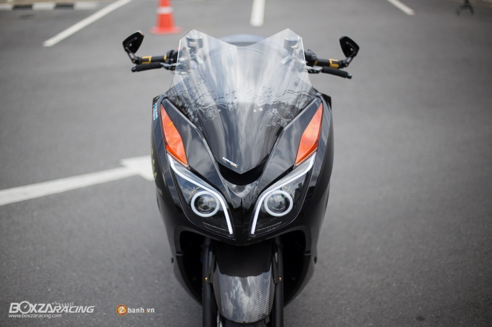 Honda Forza day noi bat va phong cach voi phien ban Super Black - 3