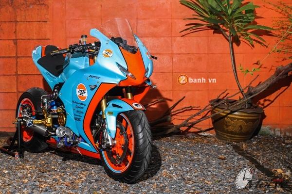 Honda MSX do doc dao voi phien ban Sportbike CBR - 2
