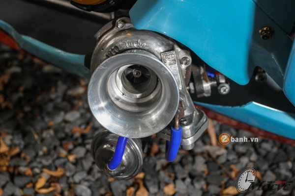 Honda MSX do doc dao voi phien ban Sportbike CBR - 15