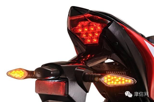 XGJAO RZ35 Dua Con Lai cua Yamaha R3 - 9