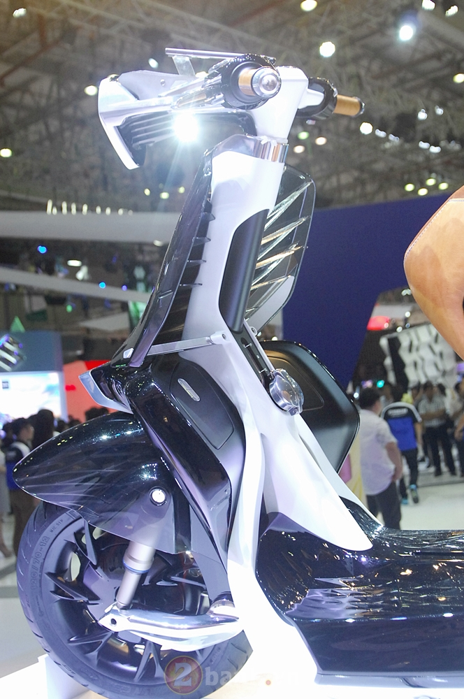 Yamaha Motor ra mat xe tay ga concept 04GEN tai trien lam xe may 2016 - 18