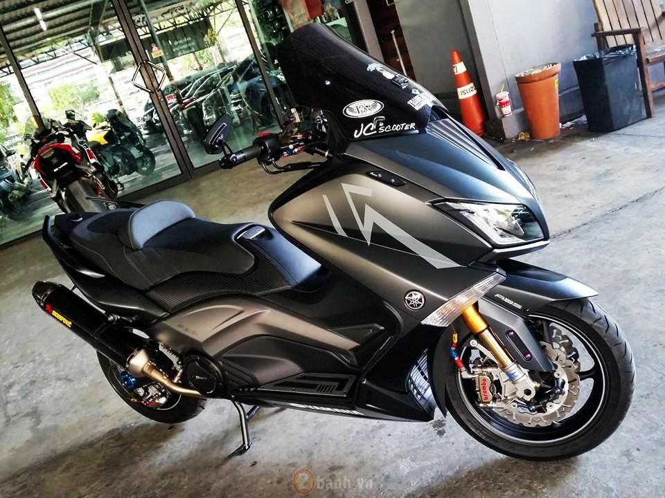 Yamaha TMax voi phien ban do khung tu JC Superbike