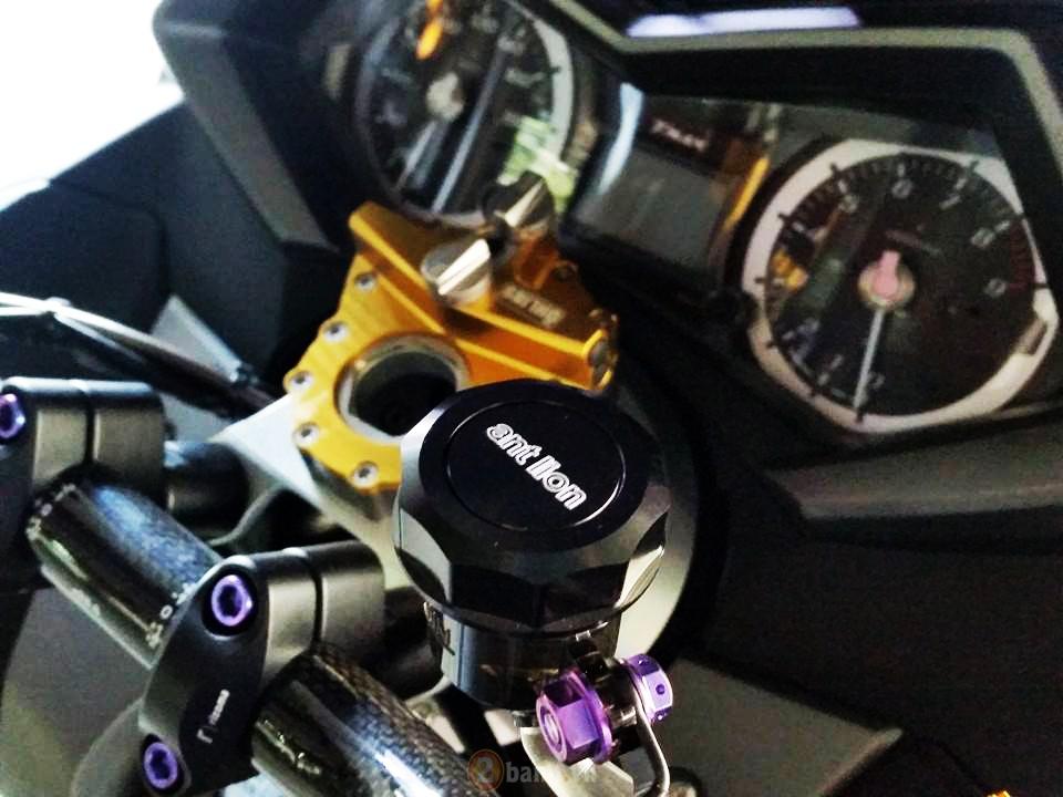 Yamaha TMax voi phien ban do khung tu JC Superbike - 5