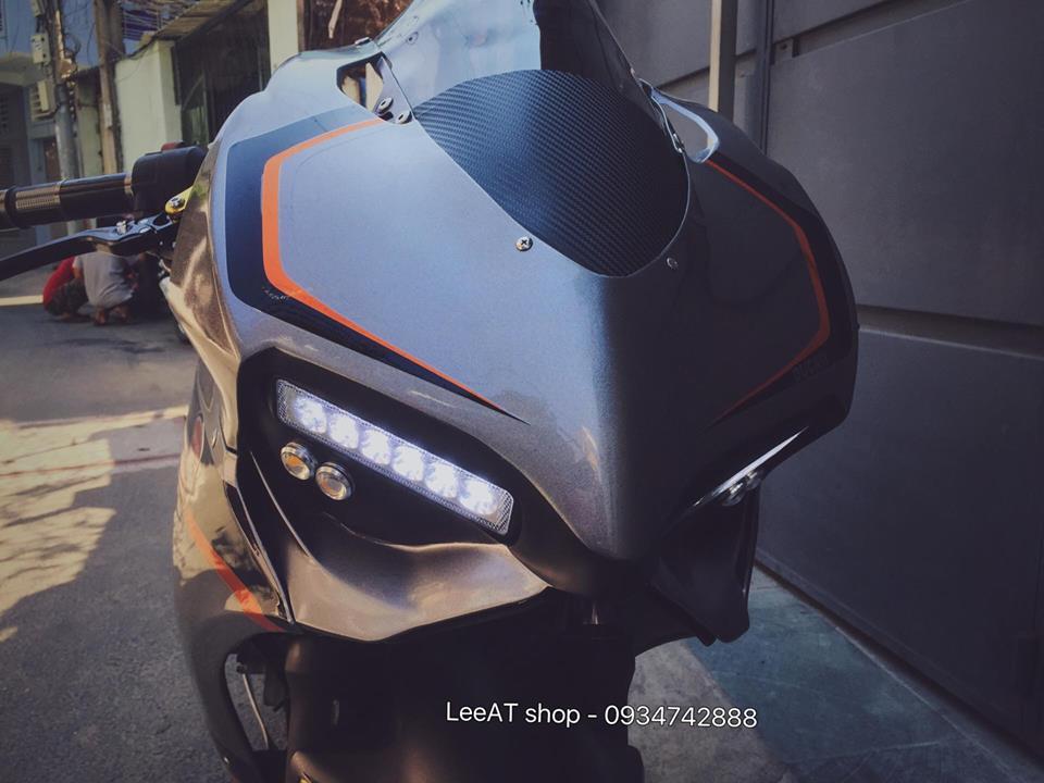 Ban do Ducati 899 vo cung doc dao tu Honda Hornet 250 tai Viet Nam - 4