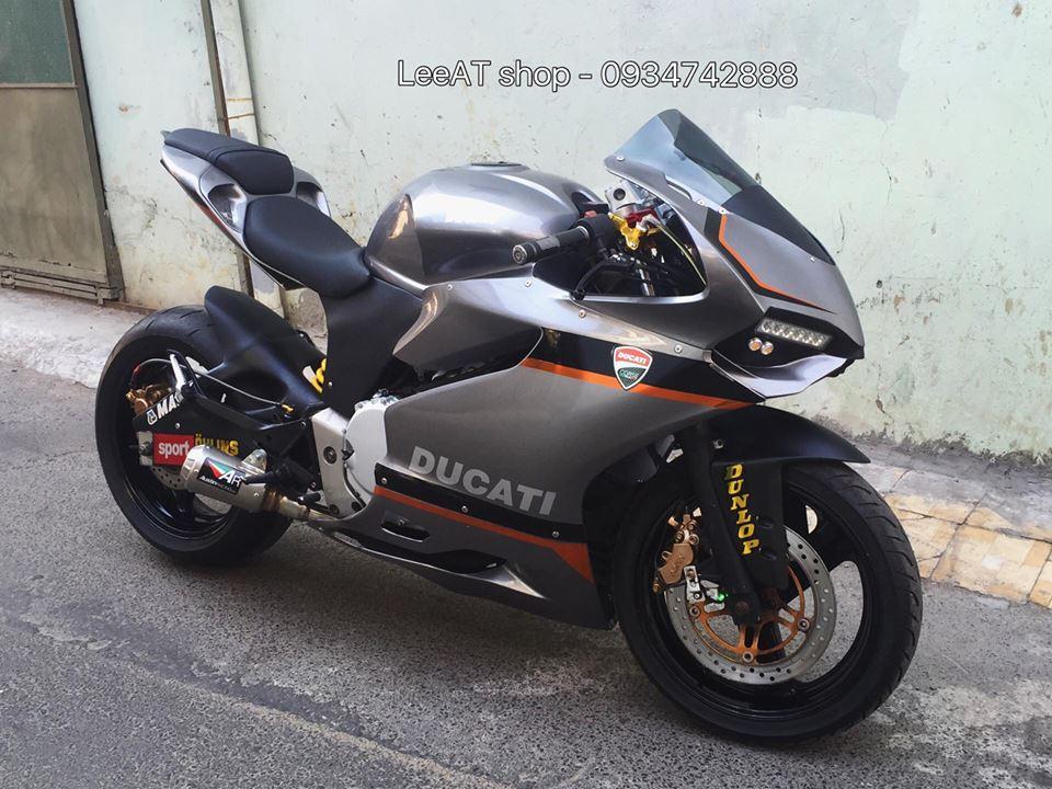 Ban do Ducati 899 vo cung doc dao tu Honda Hornet 250 tai Viet Nam - 13