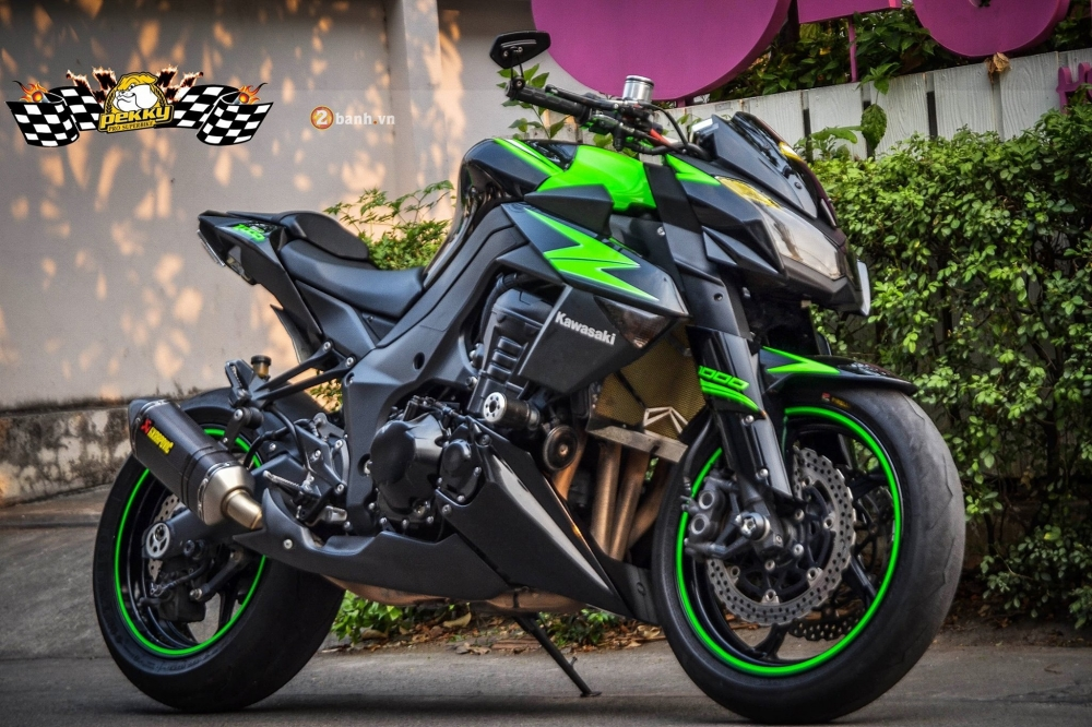 Kawasaki Z1000 day an tuong voi ban do don gian va phong cach